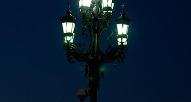 La primer calle iluminada por lámparas de gas fue en Pall Mall, Londres.