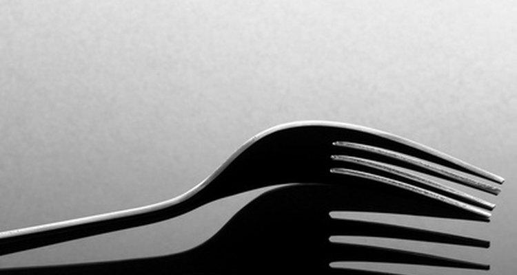 Los tenedores son elementos básicos en una cocina.