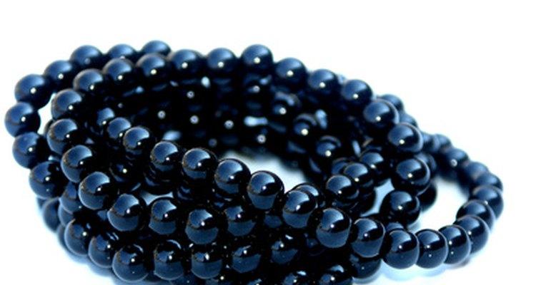 Las perlas negras tienen muchos significados.