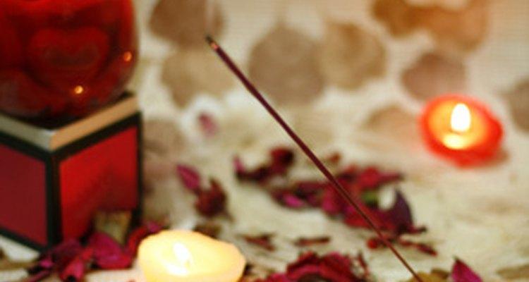 O incenso tem muitos usos terapêuticos para fins espirituais