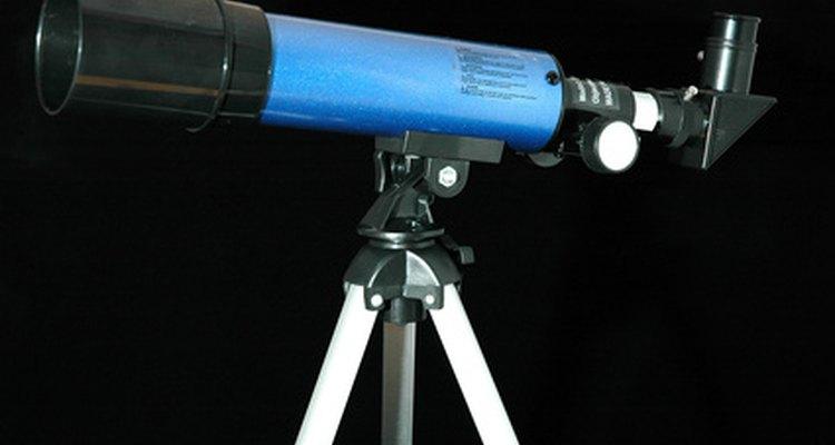 Cómo usar un telescopio Tasco.