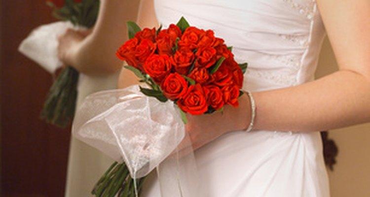 Las novias sij usan brazaletes tallados.