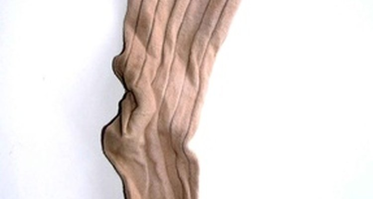 Because of polyester's natural tendency to revert to its original shape, it is a difficult material to stretch.