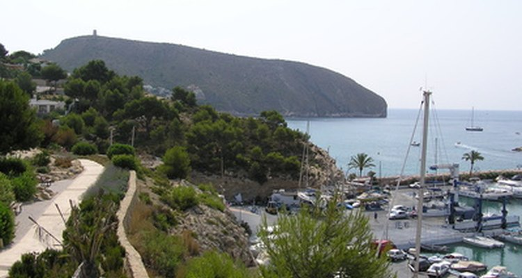 Blanket trips take tourists to popular destinations around Spain, such as the Costa del Sol.