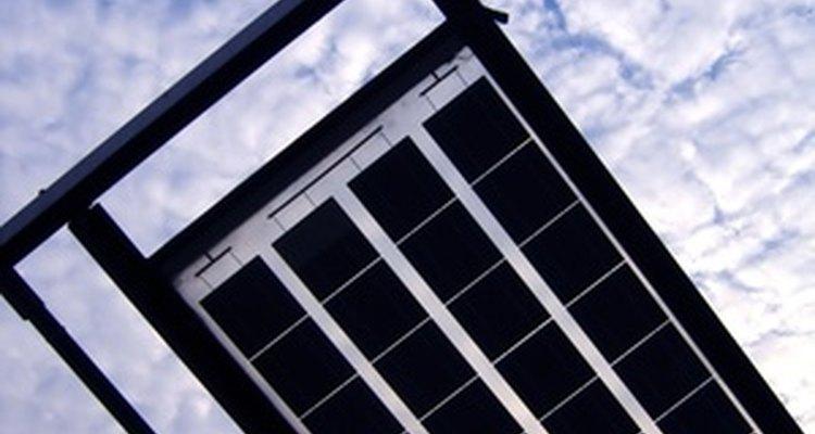 Los paneles solares están constituidos por módulos de células solares.