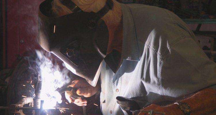 Cuando aparecen los síntomas de la fiebre por vapores de metal, es momento de tomar aire fresco.