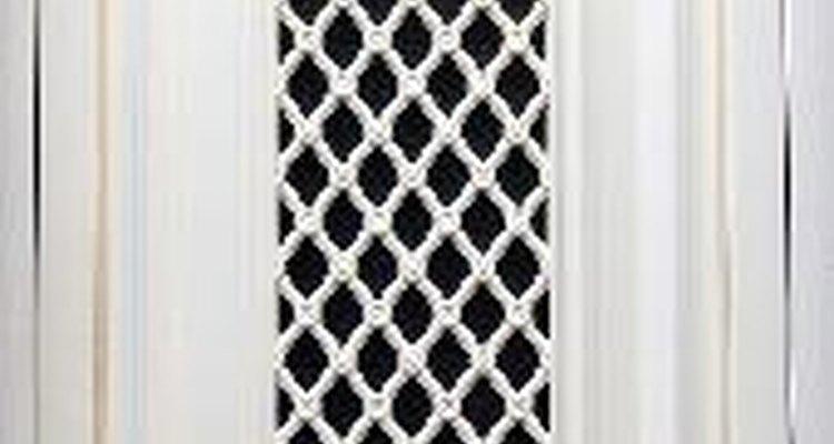Por lo general, se utiliza pintura semi-brillante para las puertas exteriores.
