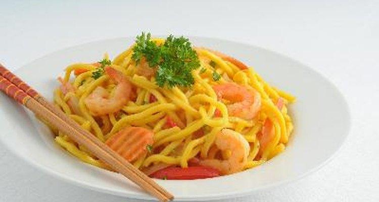 Entre las especialidades importadas, se encuentra la comida china.