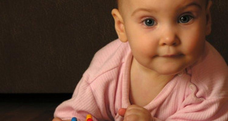 Tu bebé aprende sobre el mundo en su primer año.