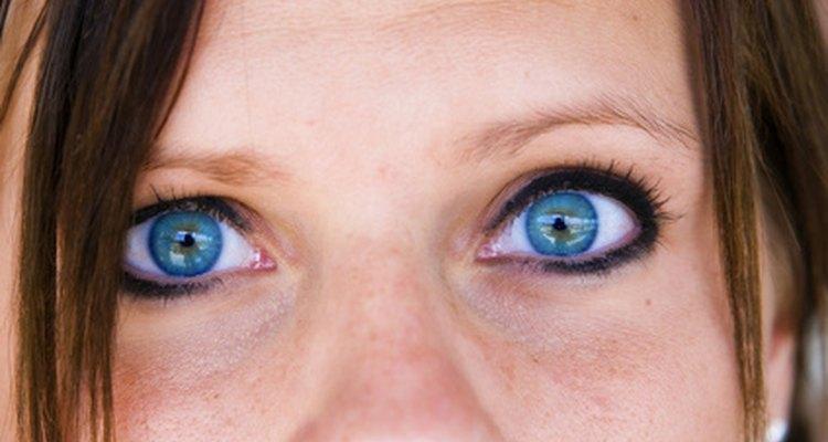 El iris puede presentar una gran variedad de colores.