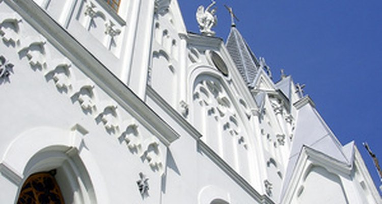 Muchas iglesias luteranas comparten con muchas iglesias católicas un similar gusto por la arquitectura ornamentada.