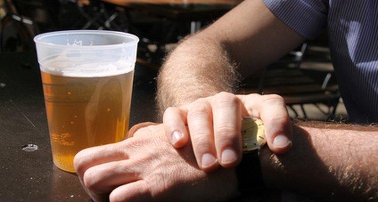 Tratar con un alcohólico requiere de paciencia.
