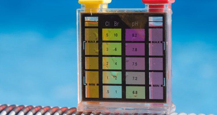 Teste a concentração de cloro de sua piscina