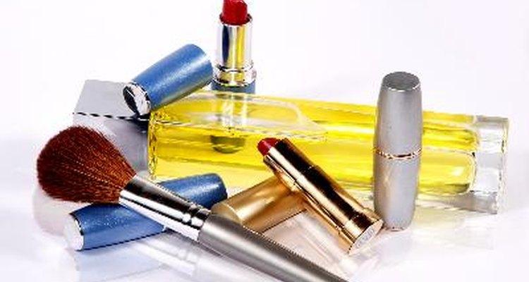 El metilparabeno puede encontrarse en cosméticos.