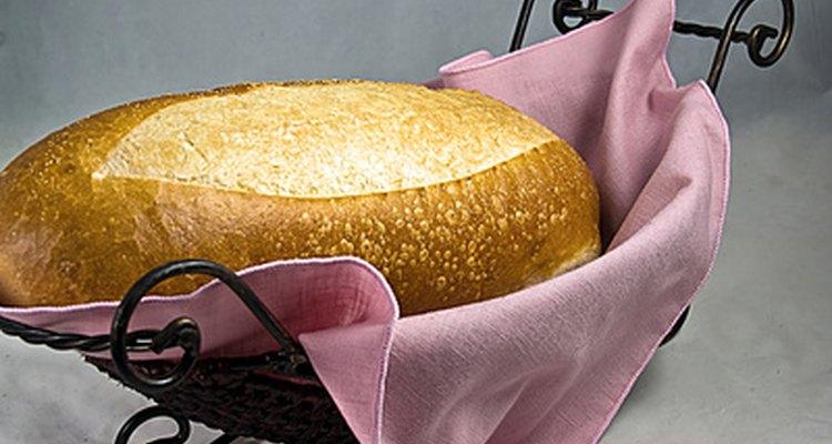 Mantenha o pão quente antes de servir