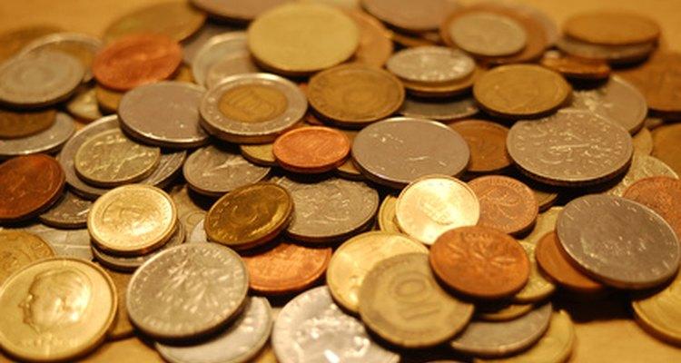 Tenha cuidado ao limpar moedas antigas