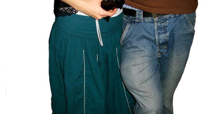 Las adolescentes a menudo se sienten nerviosas antes de una primera cita.
