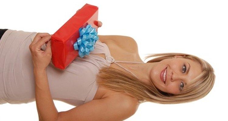 Há muitas formas de fazer com que uma garota de 21 anos sinta-se especial no aniversário