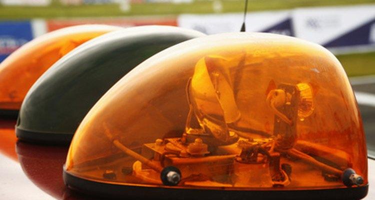 Una multa de tránsito también puede costarte costos judiciales y un aumento en tus cuotas de seguro.