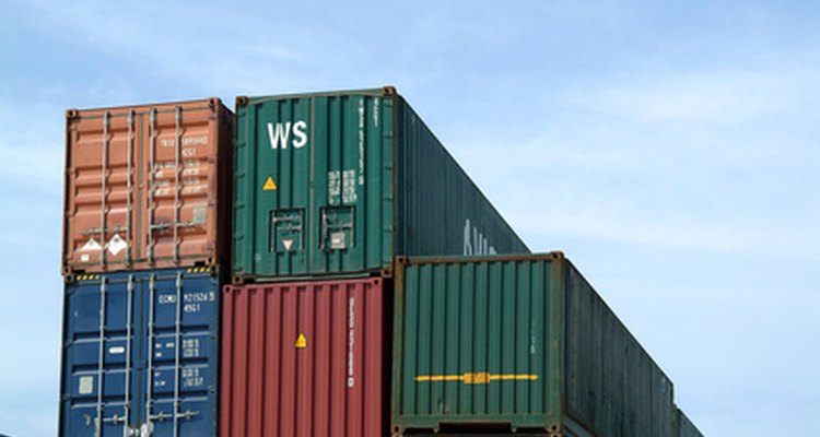Used shipping containrs can form the basis of your house design.