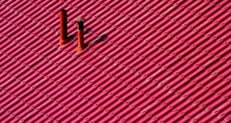 Os kits de borracha são fáceis de instalar em torno do tubo da chaminé