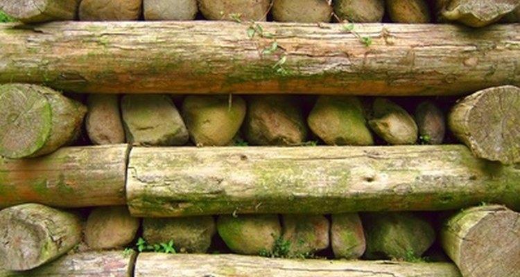 Madeira para paisagismo é ideal para bordas de canteiros