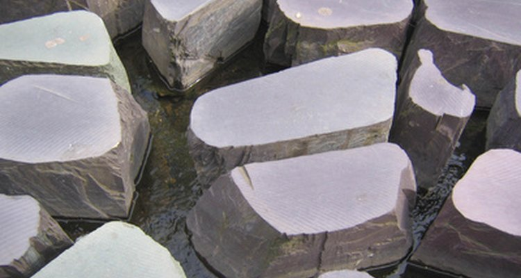 Stepping stones can also be used as part of a water feature.