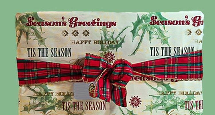 Envuelve tus noticias debajo del árbol de Navidad.