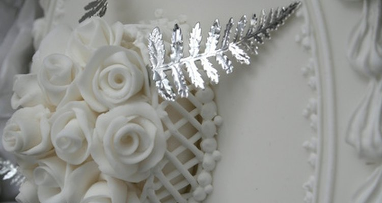 Puedes crear hermosas rosas con Mazapán.