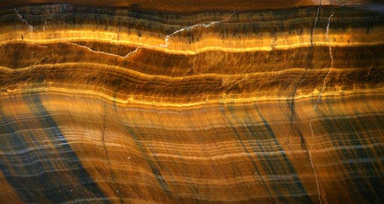 Las rocas y los minerales son un tema científico popular que regularmente es estudiado en la escuela elemental e intermedia.