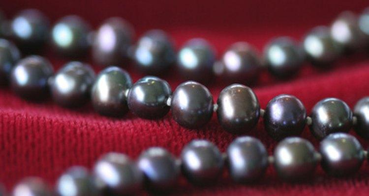 Las perlas negras pueden simbolizar amor eterno.