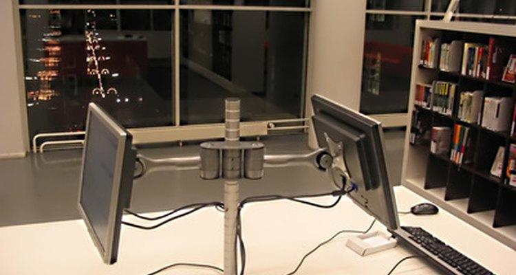 Uma vez considerados raridade, hoje os computadores podem ser encontrados em casas em todo o mundo