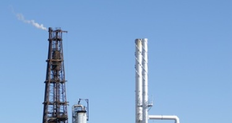 Entiende el funcionamiento general de las refinerías de petróleo.