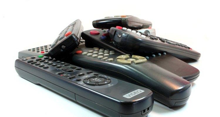 O controle remoto universal RCA Systemlink 3 substitui até três controles convencionais
