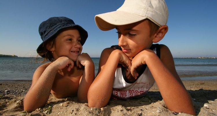 Las barreras en la comunicación pueden limitar las interacciones de un niño, así como su bienestar y éxito futuro.
