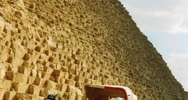 A maioria das pessoas no Egito se veste humildemente