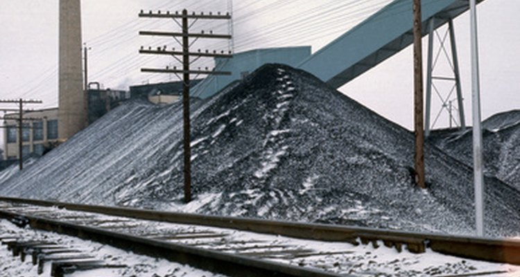 Uma pilha de carvão tem um peso específico por unidade de volume
