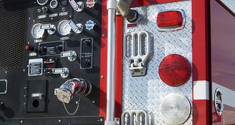 El servicio de bomberos tiene otras funciones además de responder a situaciones de emergencia.