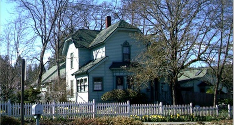 Muitas casas antigas não possuem ar-condicionado central