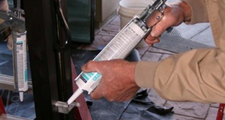 Use the proper method of bonding butyl rubber caulk.