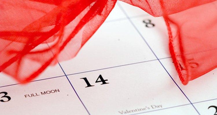 Incluye actividades o tareas para ayudar en casa en el calendario semanal de tu hijo.