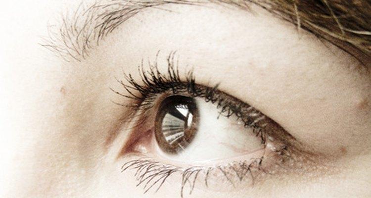 Colírios para dilatar as pupilas podem causar vários efeitos colaterais