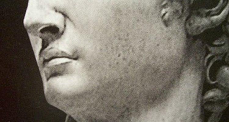 O Davi de Michelângelo tem o clássico nariz grego