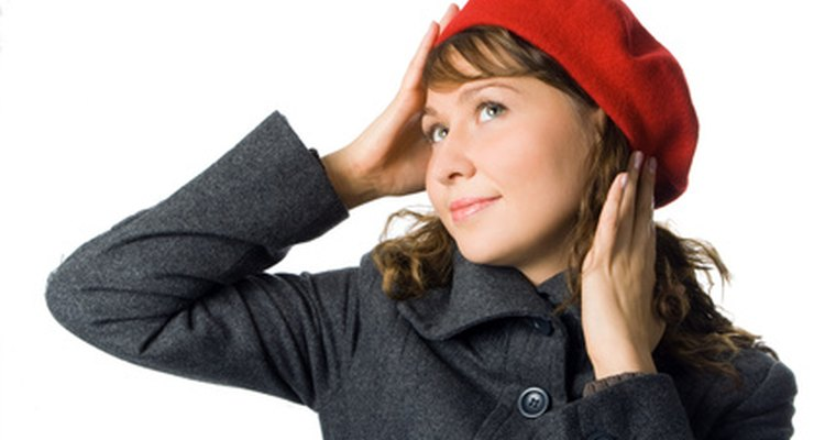 A paper beret can be made using a paper plate.