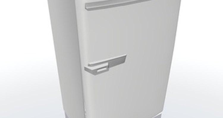 Los refrigeradores utilizan los serpentines del evaporador para enfriar el aire de adentro.