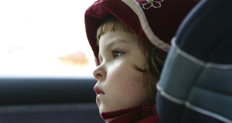 Tu hijo debe permanecer en un asiento de seguridad apropiado para su altura, peso y edad.