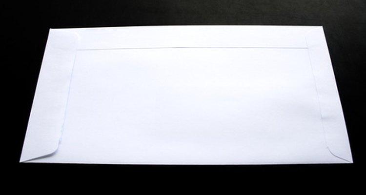 Endereçar corretamente um envelope garantirá que ele chegue à pessoa certa