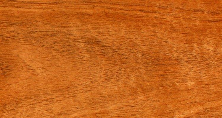 La caoba es una madera para fabricar muebles finos.