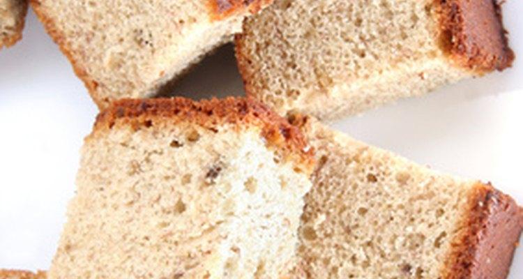 A cobertura de caramelo fica ótima em pães