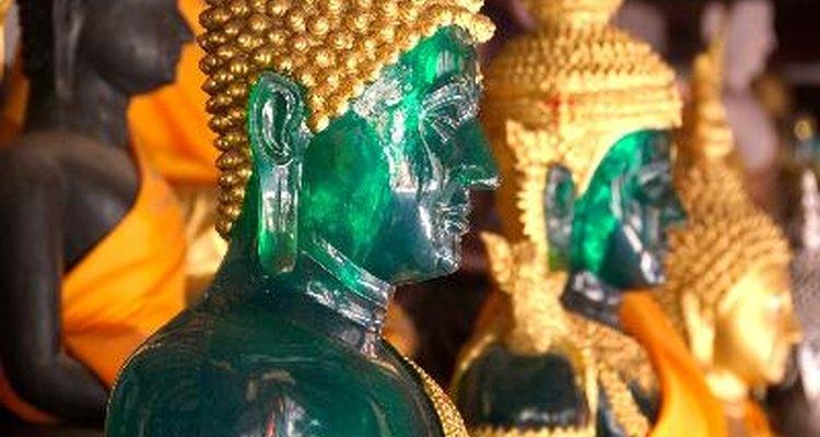 El jade es una piedra preciosa llena de simbolismo y mitología, venerado y apreciado durante casi 7.000 años.
